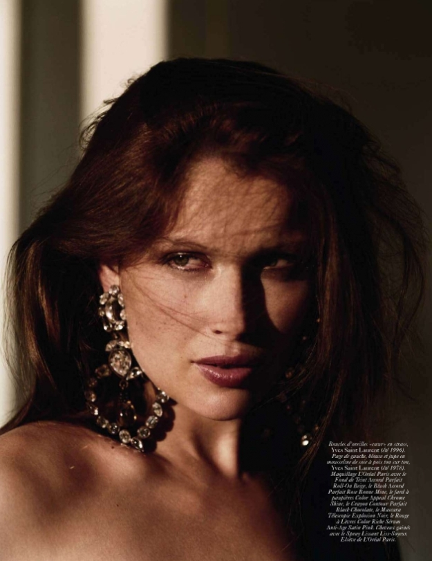 Vogue Paris December 2009 | Laetitia Casta by Alasdair McLellan