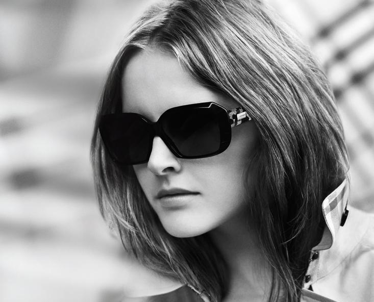 Burberry Eyewear Spring 2010 Campaign   Lisanne De Jong