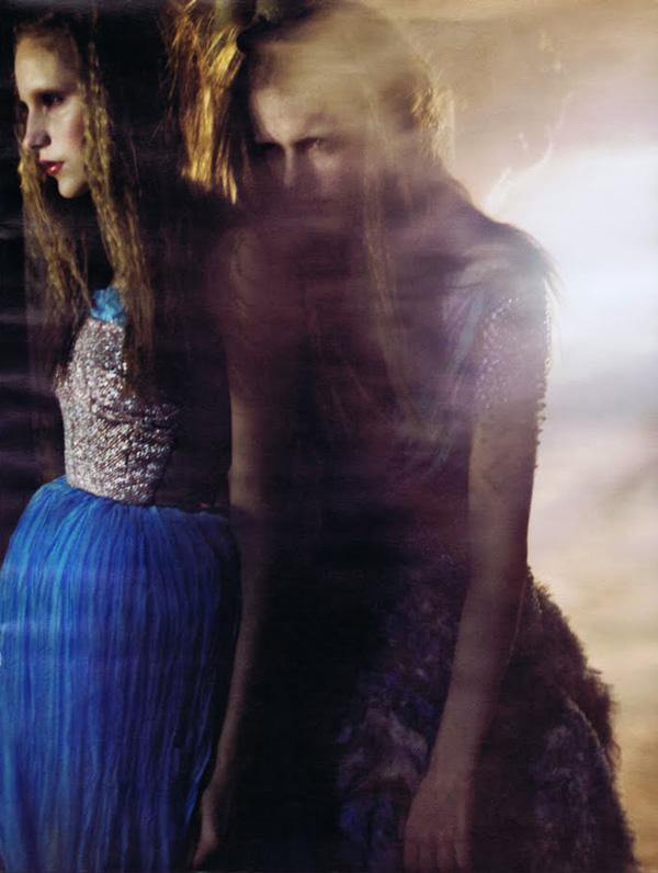 W February 2010   Imogen & Dorothea by Craig McDean