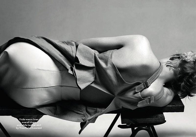 Frida Gustavsson, Anastasia Kuznetsova & Jenny Sinkaberg by Josh Olins | AnOther Spring 2010