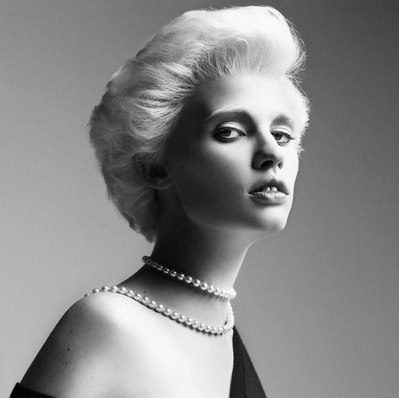 Morning Beauty | Lara Stone by Inez & Vinoodh