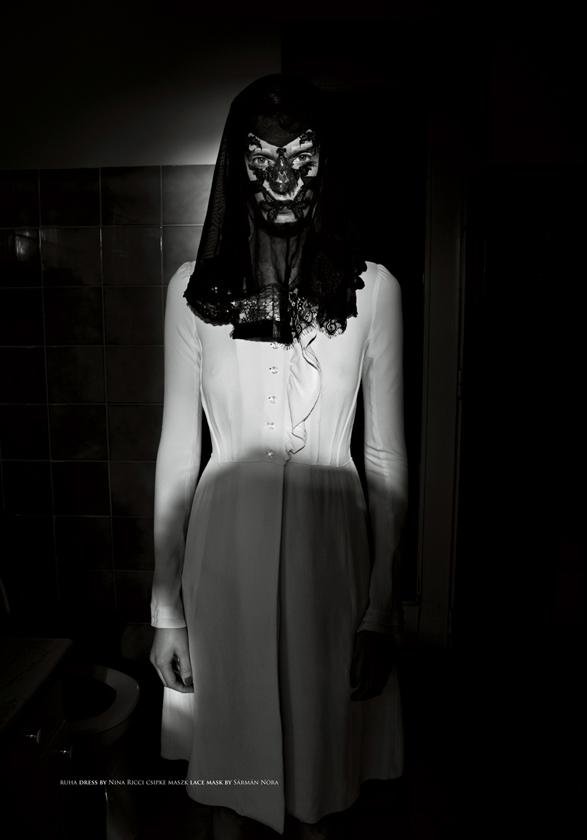 Iris Strubegger by Marton Perlaki | The Room Spring 2010