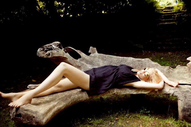 Morning Beauty | Claudia Schiffer by Ellen von Unwerth