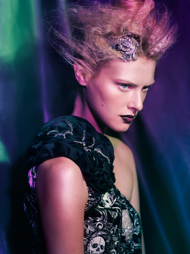 Maggie Weinheimer by Mikael Wardhana in Clash of Hues