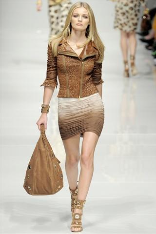 Blumarine Spring 2011   Milan Fashion Week