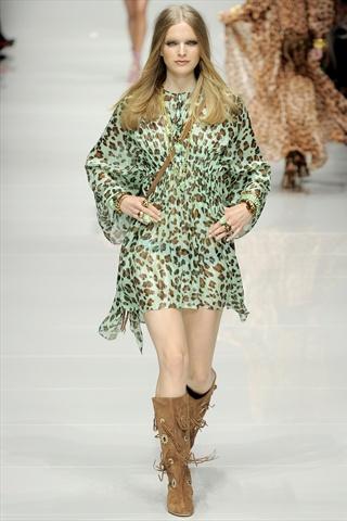 Blumarine Spring 2011 | Milan Fashion Week