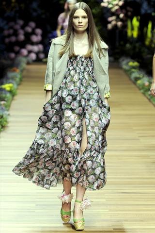 Stella McCartney Spring 2010 Ready-to-Wear Fashion Show