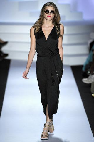 Diane von Furstenberg Spring 2011 | New York Fashion Week