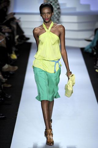 Diane von Furstenberg Spring 2011 | New York Fashion Week