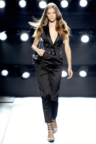 Gianfranco Ferré Spring 2011 | Milan Fashion Week