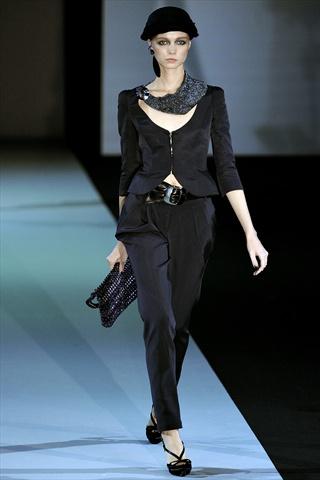 Giorgio Armani Spring 2011 | Milan Fashion Week