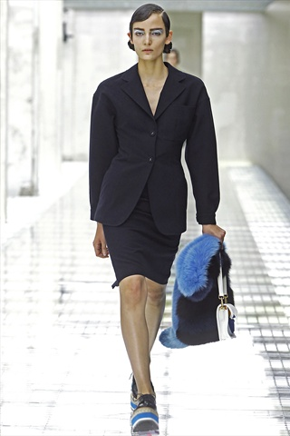 Prada Spring 2011   Milan Fashion Week