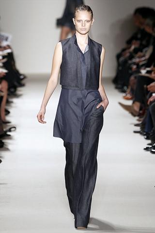 Akris Spring 2011 | Paris Fashion Week