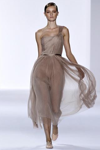 Chloe Spring 2011 | Paris Fashion Week