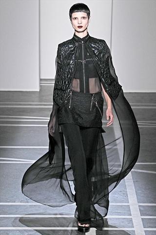 f85b525b76f8 Givenchy Spring 2011
