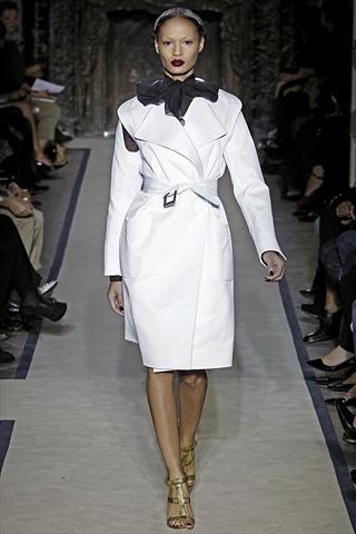 Yves Saint Laurent Spring 2011 | Paris Fashion Week