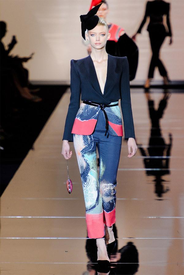 Armani Privé Fall 2011 Couture | Paris Haute Couture