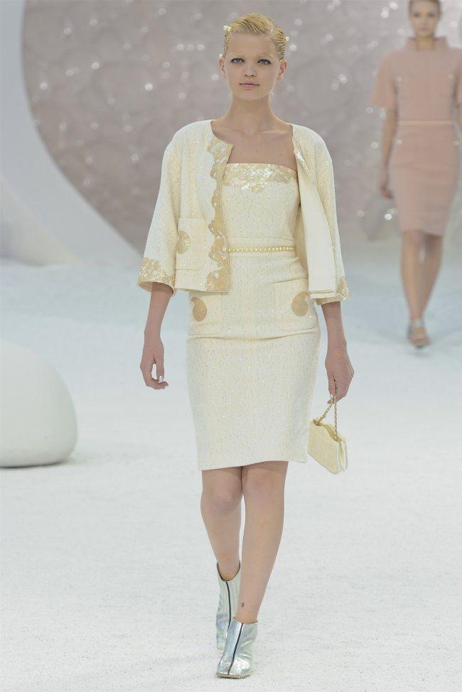 Chanel Spring 2012 | Paris Fashion Week