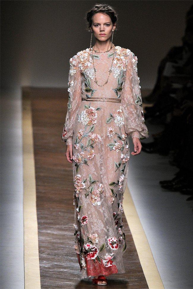Valentino Spring 2012 | Paris Fashion Week