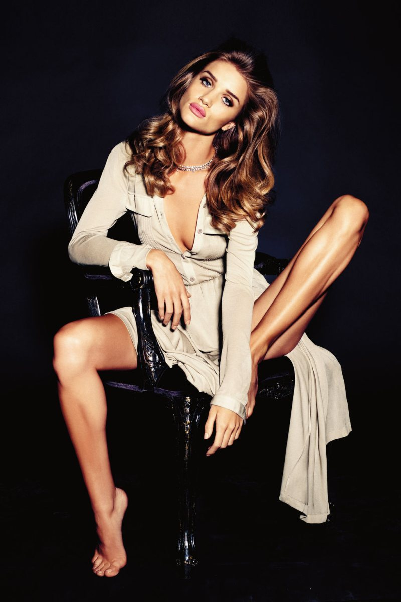 Rosie Huntington-Whiteley by Alexi Lubomirski for Vogue Germany November 2011