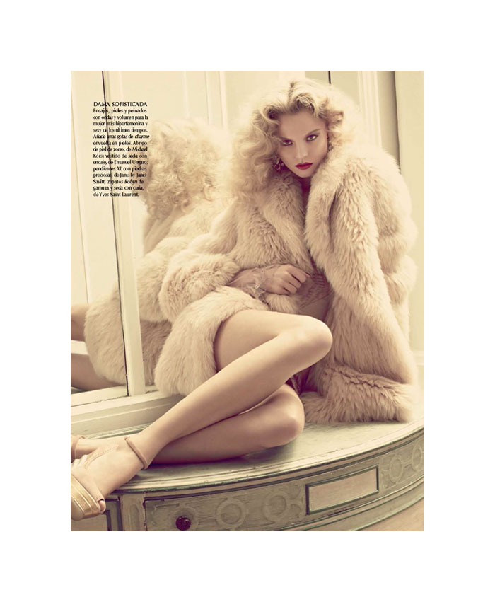 Magdalena Frackowiak by David Roemer for Vogue Mexico December 2011