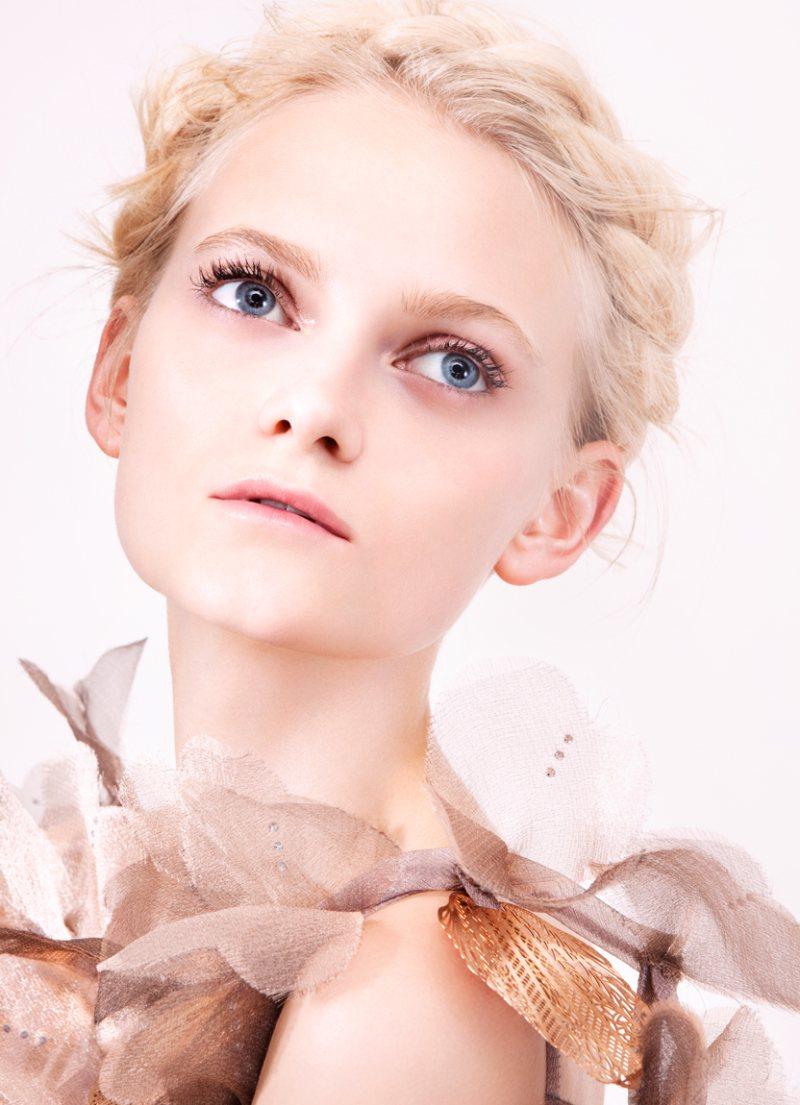 Emma Karlsson, Akoul & Svetlana by Felix Lammers for Quality Magazine