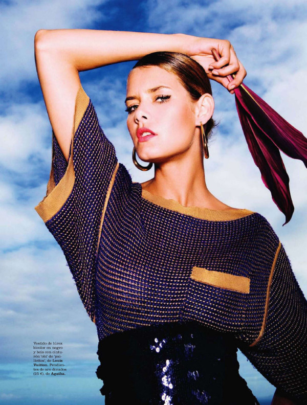 Flavia de Oliveira by Juan Aldabaldetrecu for Elle Spain July 2011