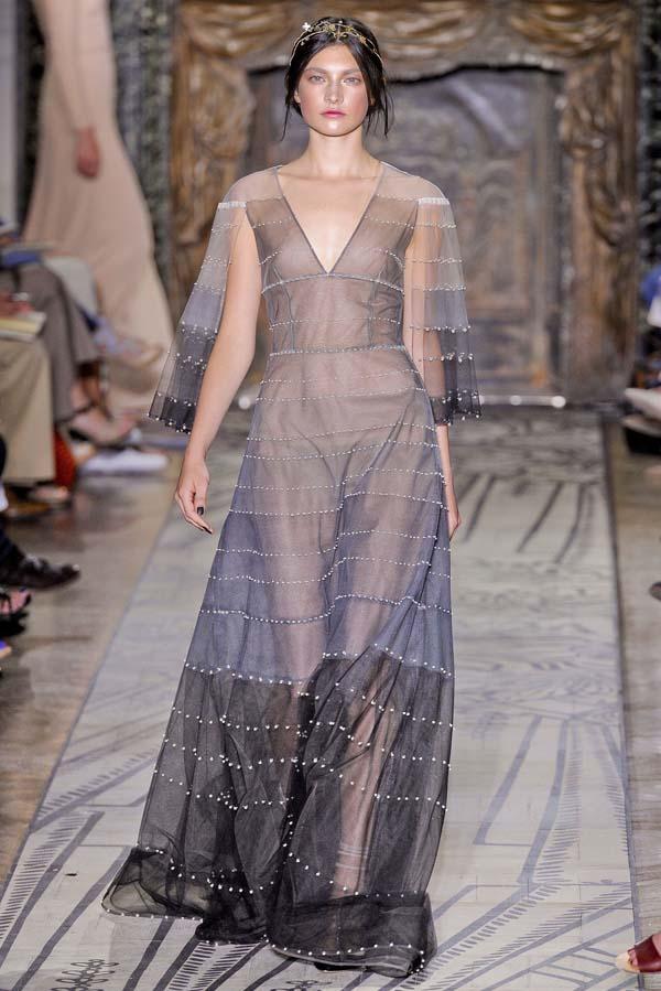 Valentino Fall 2011 Couture | Paris Haute Couture