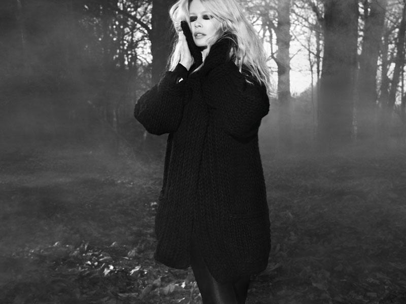 Claudia Schiffer Cashmere A/W 2011 by Camilla Akrans