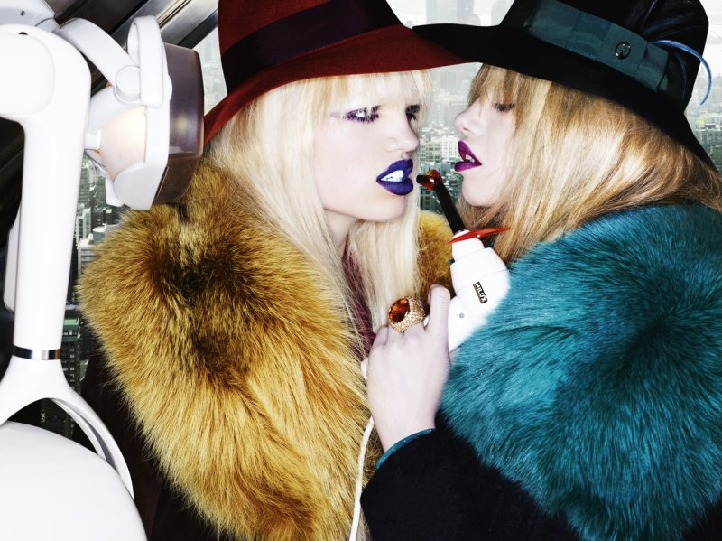 Daphne Groeneveld & Hailey Clauson by Mario Testino for Allure