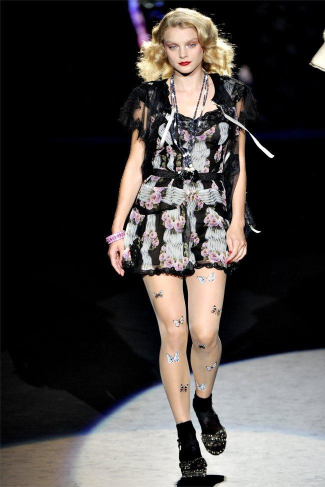 Anna Sui Spring 2012   New York Fashion Week