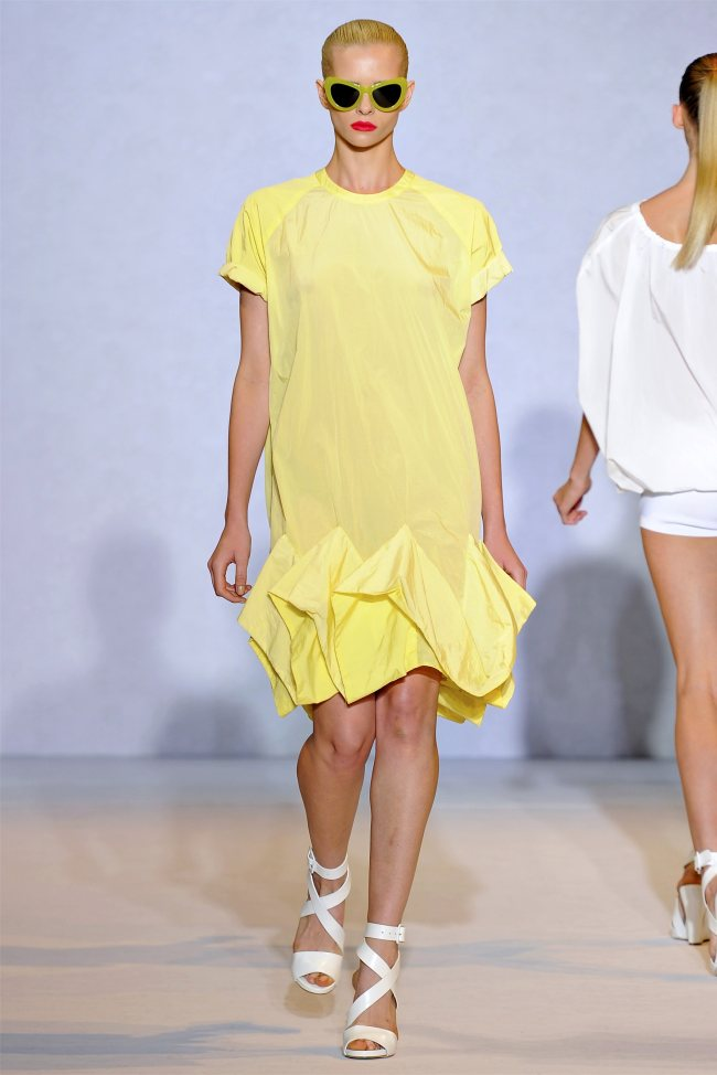 Nicole Farhi Spring 2012 | London Fashion Week