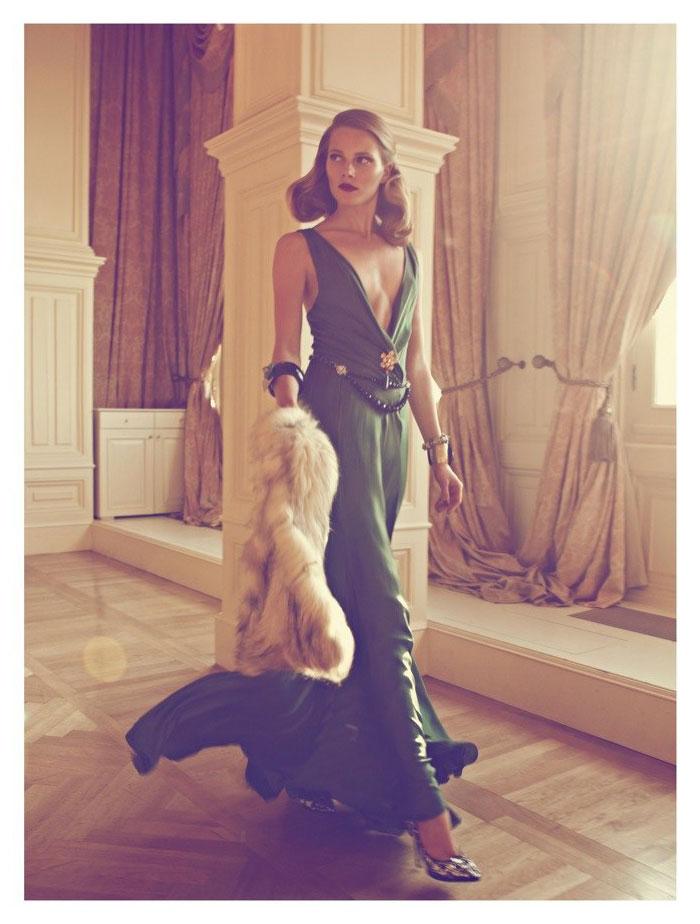 Ieva Laguna channeled an classic Hollywood movie siren in Koray Birand's shoot for Harper's Bazaar Turkey October