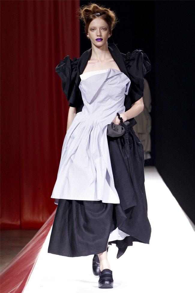 Yohji Yamamoto Spring 2012   Paris Fashion Week