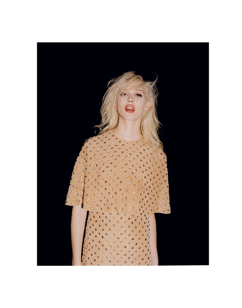 Caitlin Lomax by Greta Ilieva for Zoo #33