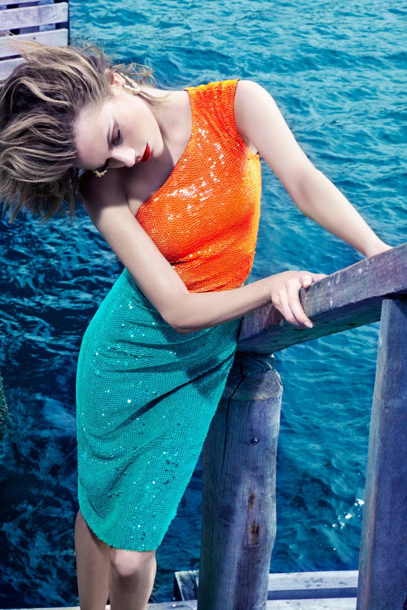 Martha Streck by Manuel Nogueira for Elle Brazil January 2012