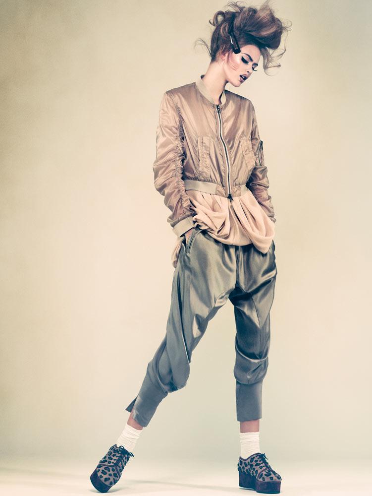 Frida Gustavsson by Andreas Sjodin for Elle Sweden February 2012