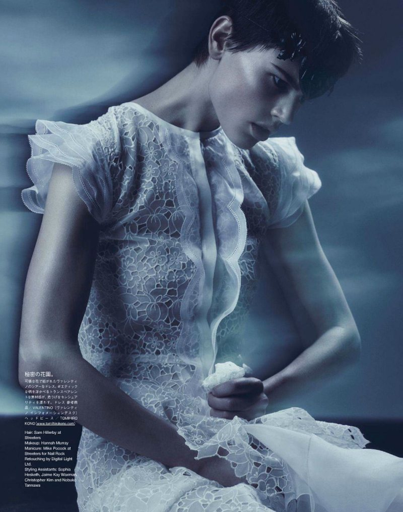 Saskia de Brauw & Kinga Rajzak by Sølve Sundsbø for Vogue Japan March 2012