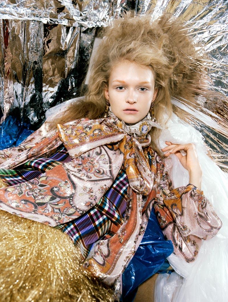 Anni Jurgenson is Pretty in Plastic for Greta Ilieva's Please Shoot