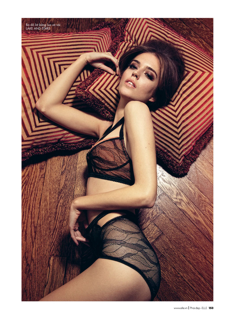 Clara Alonso by Chris Colls for Elle Vietnam