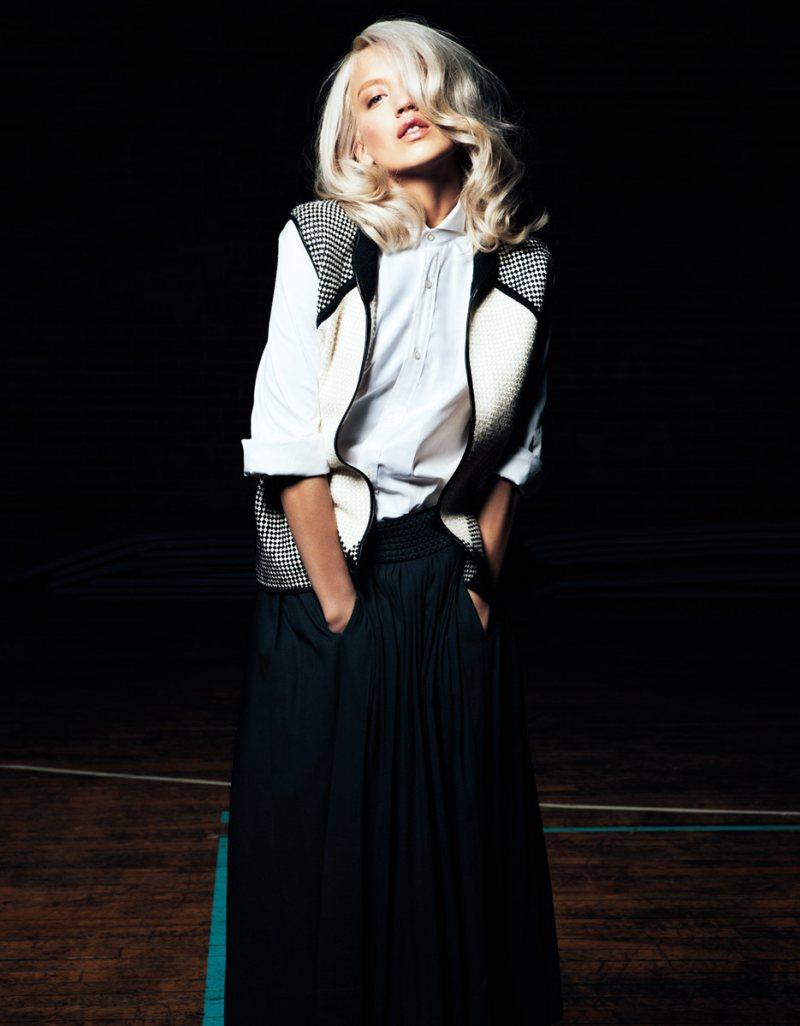 Sofia Fanego by Gianluca Fontana for Io Donna