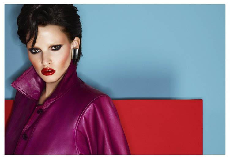 Lara Stone by Cuneyt Akeroglu for Vogue Turkey April 2012