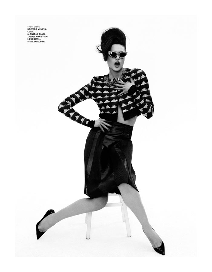 Zuzana Gregorova by Takahiro Ogawa for Elle Mexico April 2012