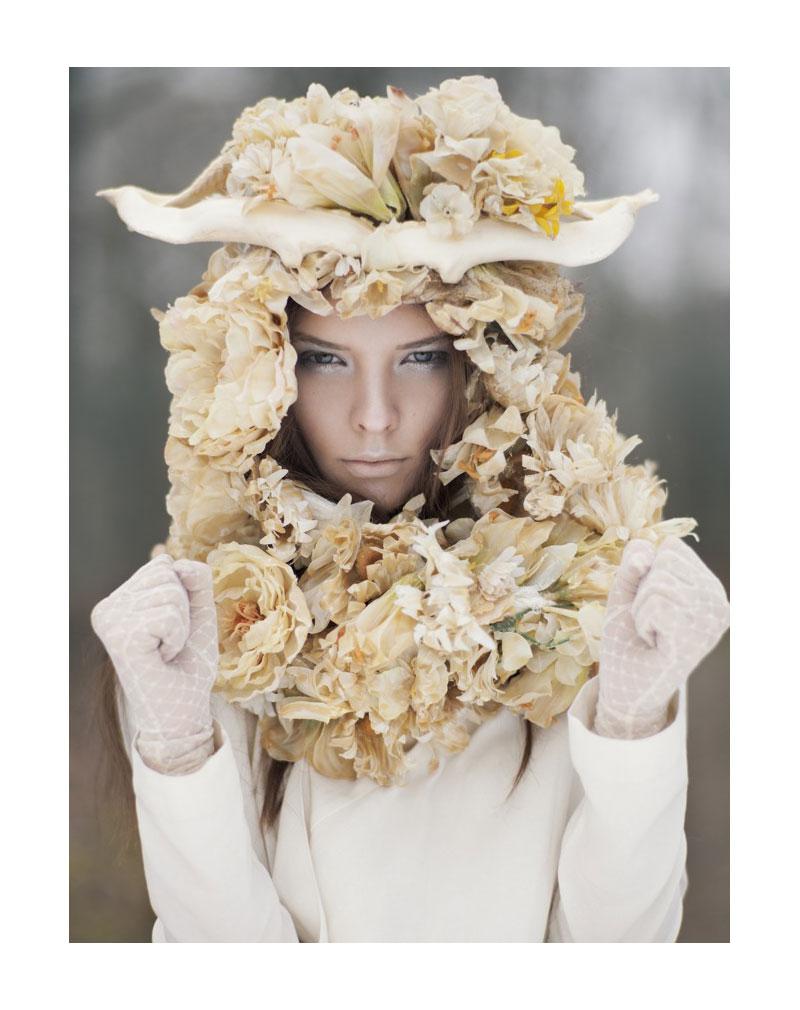 Alisa Frolkina by Paul de Luna for Mojeh Magazine May/June 2012