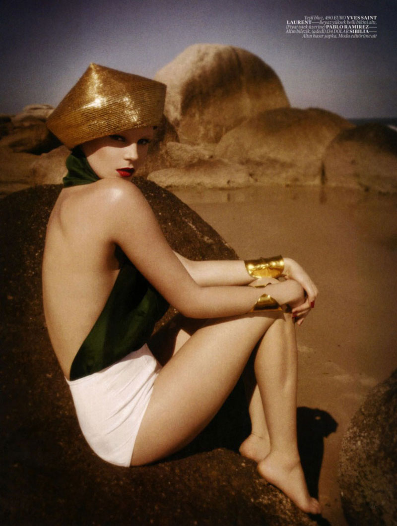 Juju Ivanyuk by Luciana Val & Franco Musso for Vogue Turkey May 2012