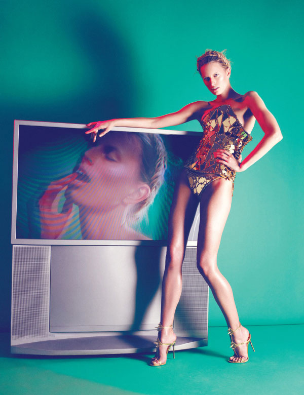 Karolina Kurkova is a Metallic Muse for Nagi Sakai's Vogue Mexico June Cover Story