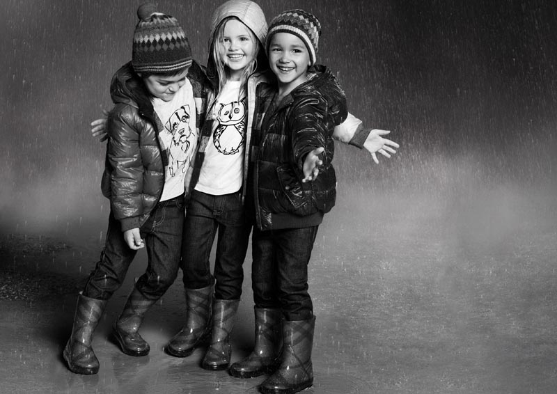 Burberry Childrenswear's Fall 2012 Campaign is Unbelievably Cute