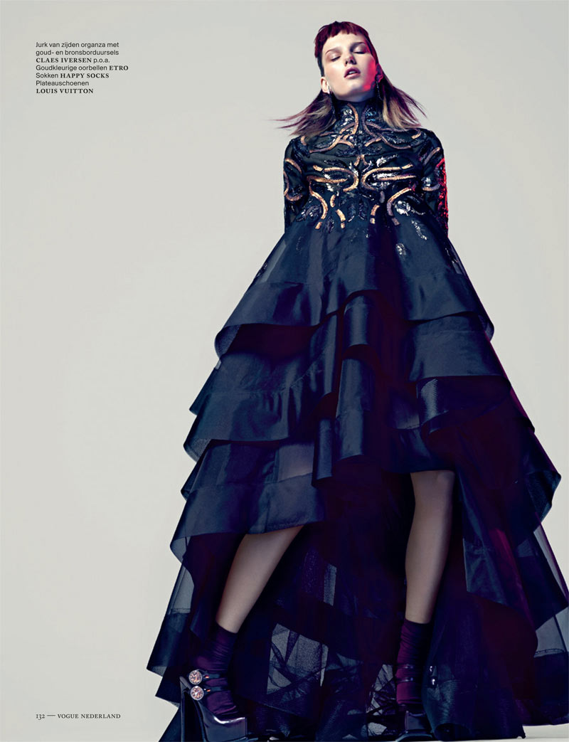 Marique Schimmel Sports Eastern-Inspired Style for Vogue Netherlands September 2012 by Marc de Groot