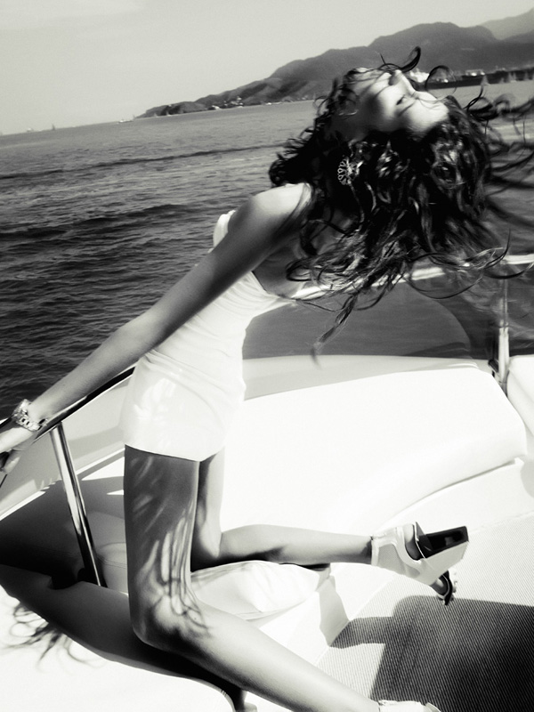 Drielly Oliveira by Renam Christofoletti for L'Officiel Brazil October 2010