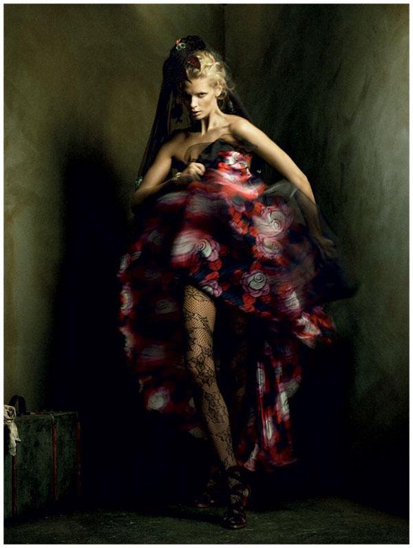 Morning Beauty   Julia Stegner by Alexi Lubomirski